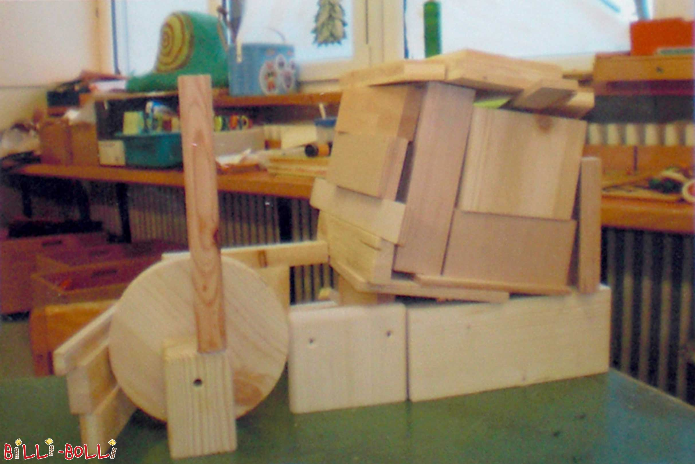 Free Handicraft Wood for Kindergartens