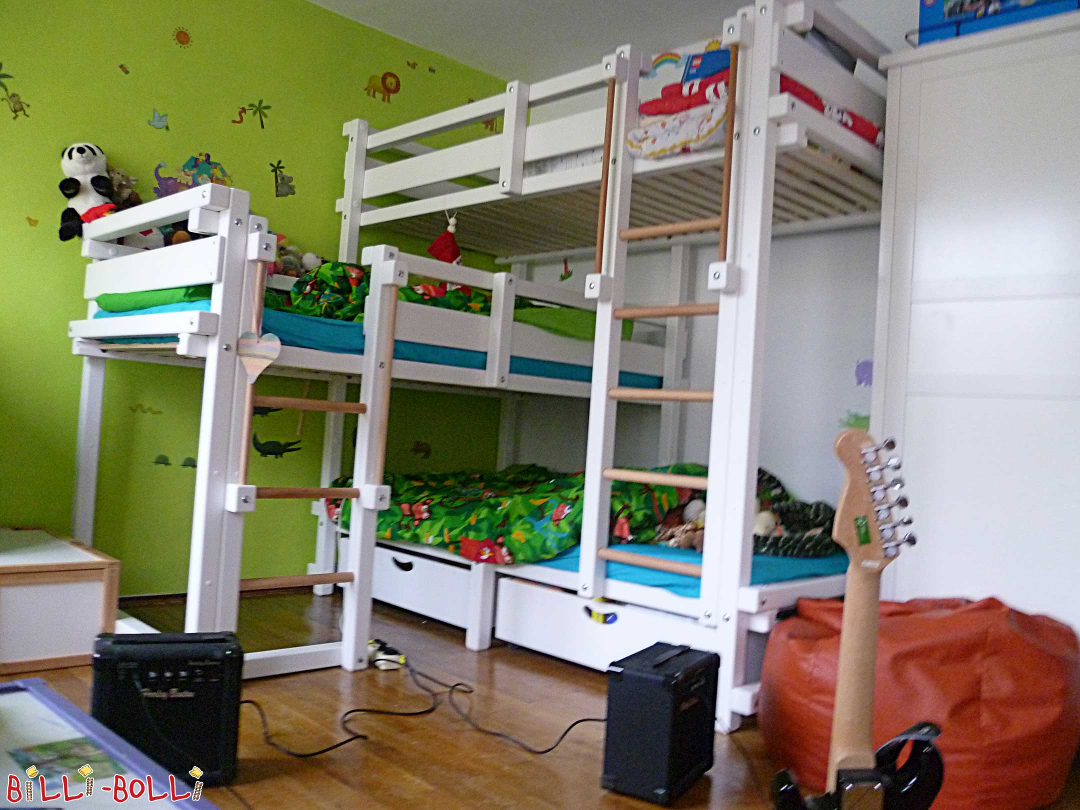 Triple Bunk Beds: high-riser for 3 kids