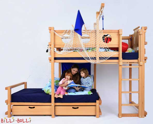 One of our customers, a photographer, even mounted his Bunk Bed Laterally Staggered in his photo studio and sent us some professional photographs. We are chuffed, thank you very much!