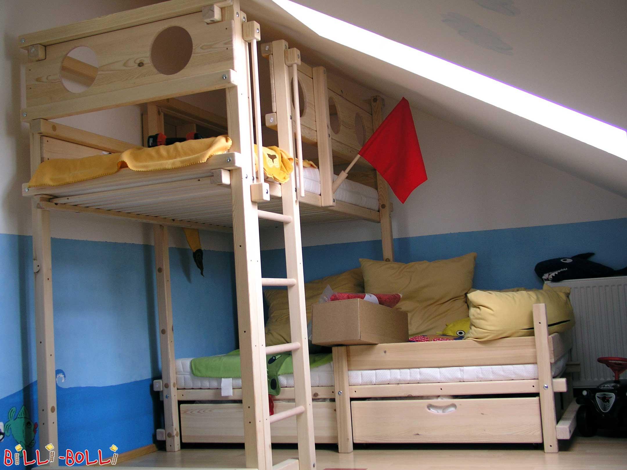 corner bunk bed billi bolli kids furniture. Black Bedroom Furniture Sets. Home Design Ideas
