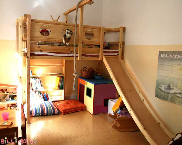 Dear creators of our wonderful adventure bed! It has taken us, unfortunately, a while to send photos your way, but we finally got around to it. We are still absolutely stoked about our great loft bed and we surely will stay this way for a long while. Thank you so much! Busch-Wohlgehagen Family