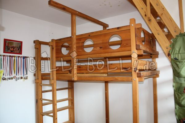 Adventure high bed (second hand loft bed)