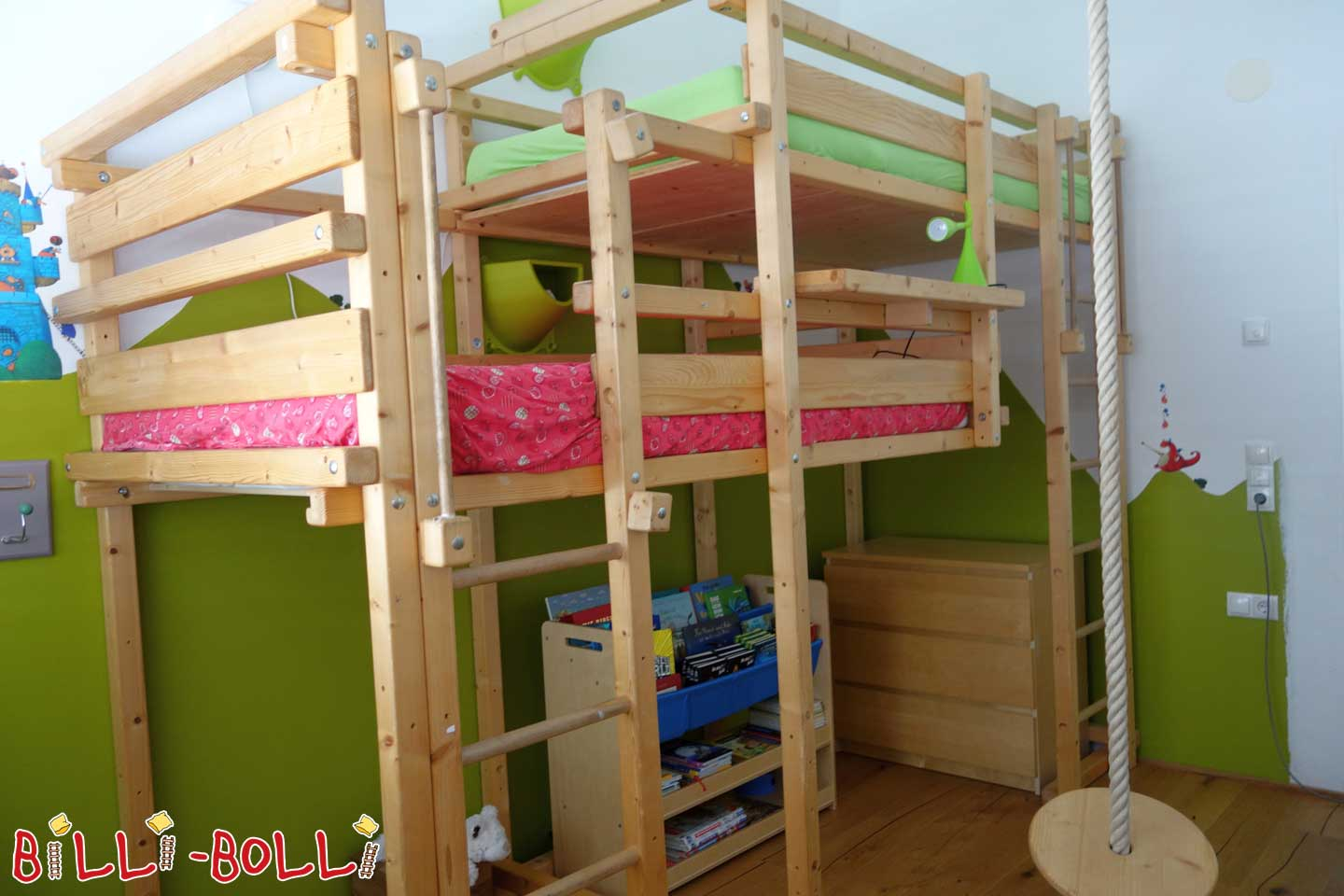 Both-above bed (second hand kids' furniture)