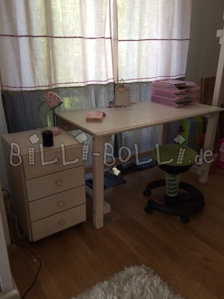 Billi Bolli 2x Desk Beech White Lated & 1x Roll containers (second hand kids' furniture)