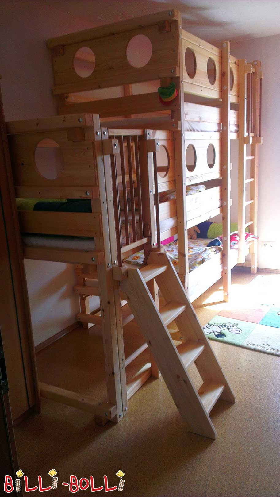 Three-bed side-offset (second hand loft bed)