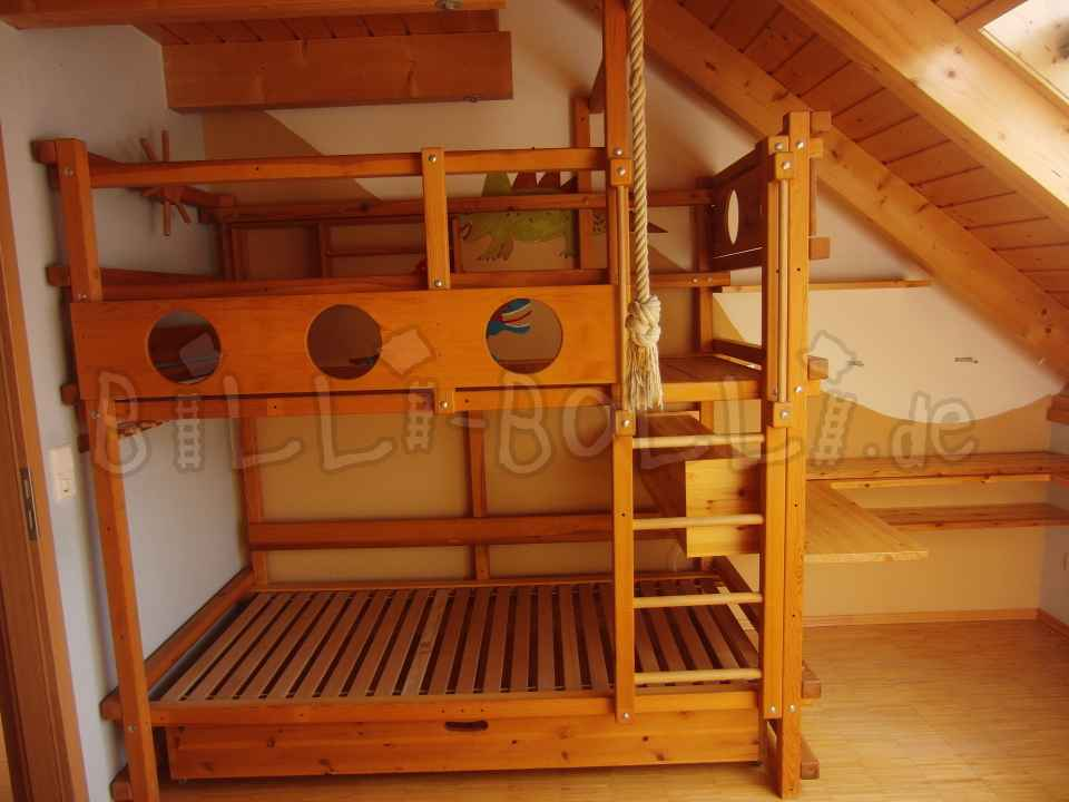 Bunk bed 100/200, pine honey coloured oiled (second hand bunk bed)