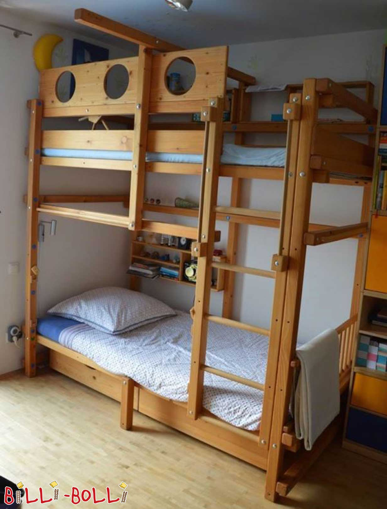 Bunk bed, 100 x 200 cm in spruce oiled-waxed (second hand loft bed)