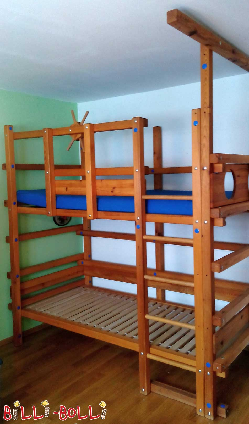 Bunk bed, 90 x 190 cm, pine honey coloured oiled (second hand loft bed)
