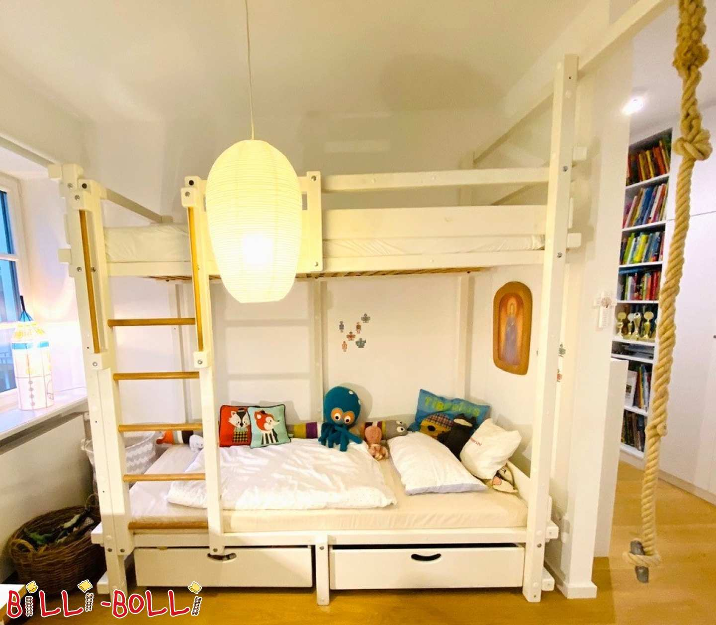Bunk bed in pine painted white (second hand bunk bed)
