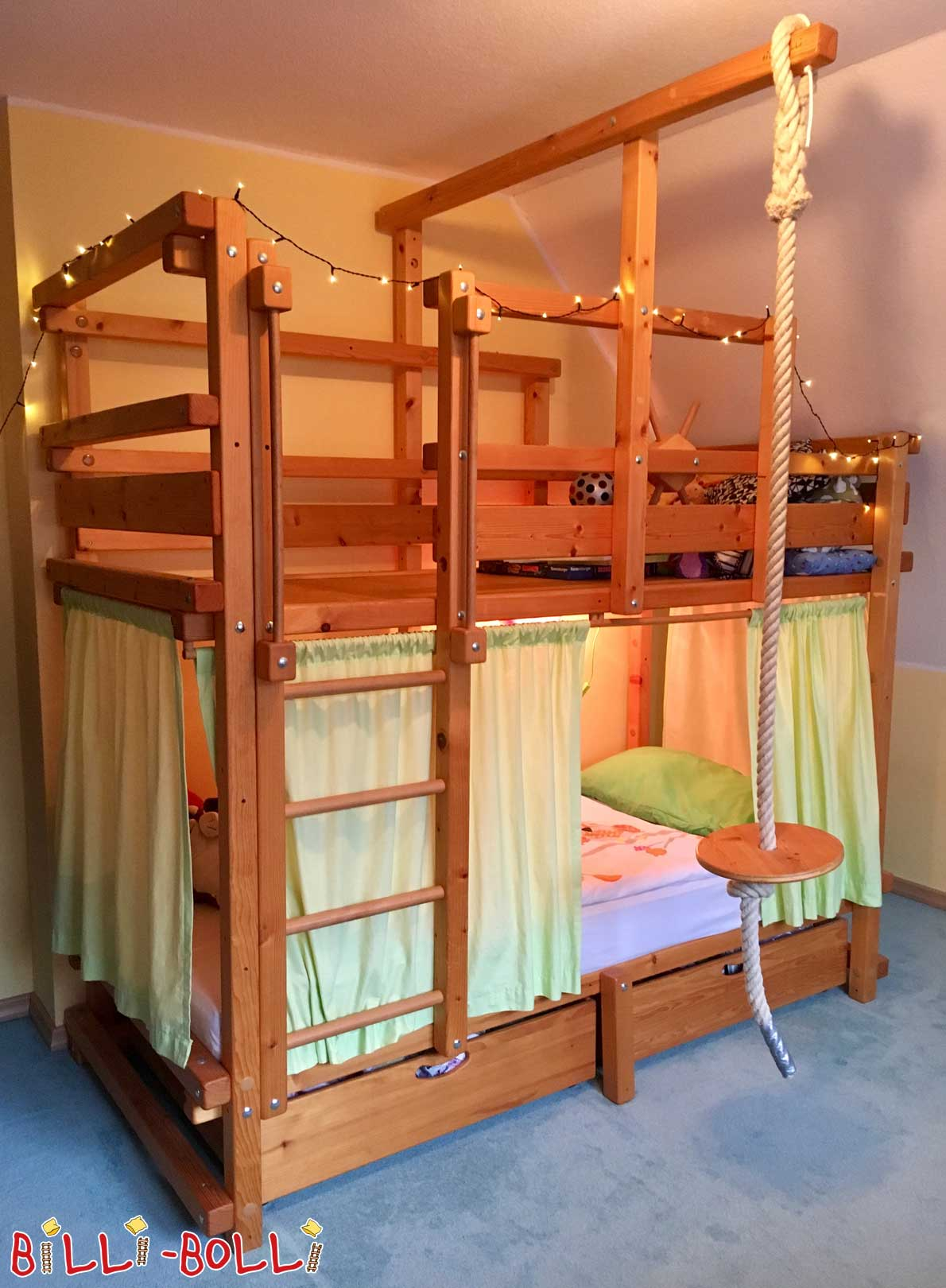 Bunk bed with sloping sloping stage, spruce oil-waxed (second hand bunk bed)