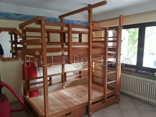 Bunk bed with rungs wall and slide (second hand bunk bed)