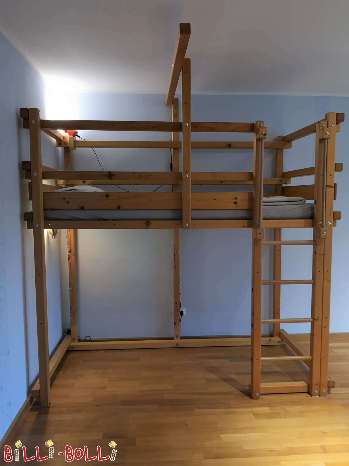 Well-kept bunk bed made of spruce in Munich (second hand loft bed)