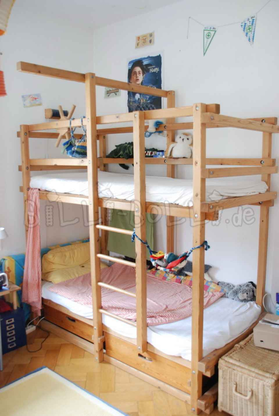 Gullibo Bed (second hand kids' furniture)