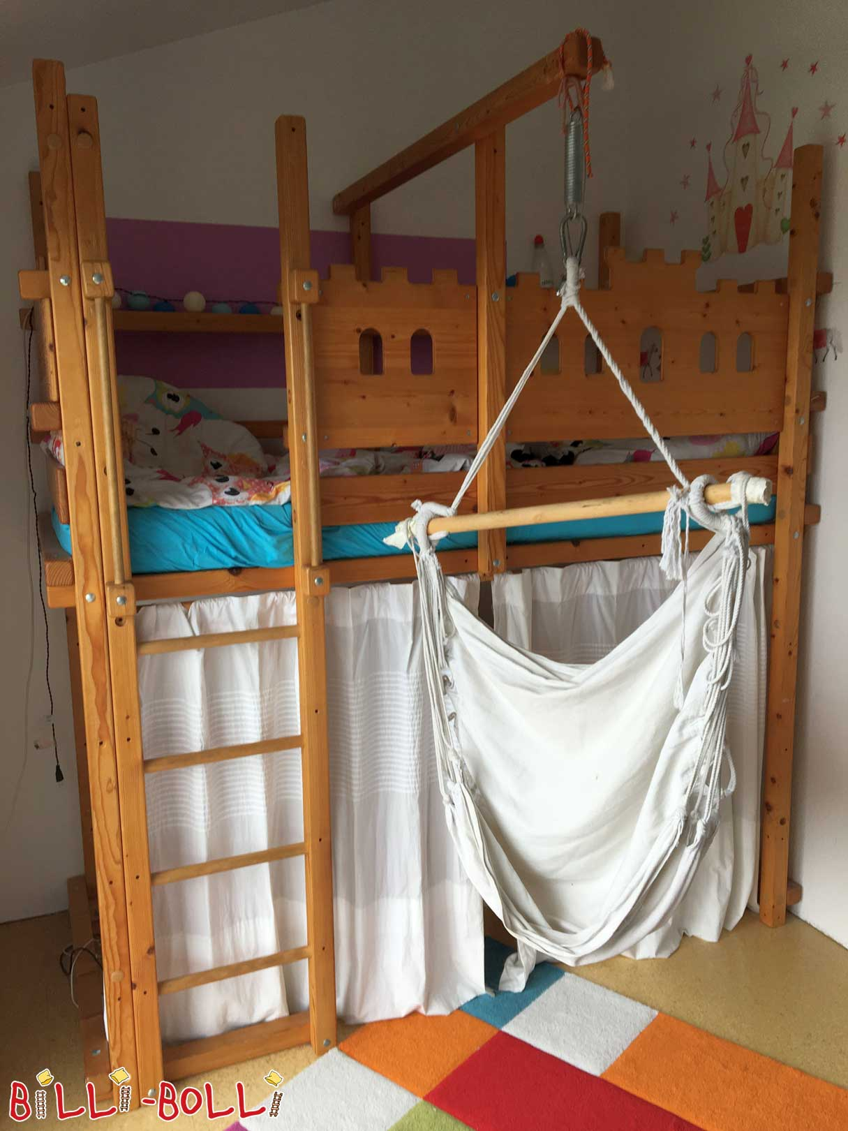 High bed 90 x 200 cm in spruce oiled with knight's castle boards (second hand loft bed)