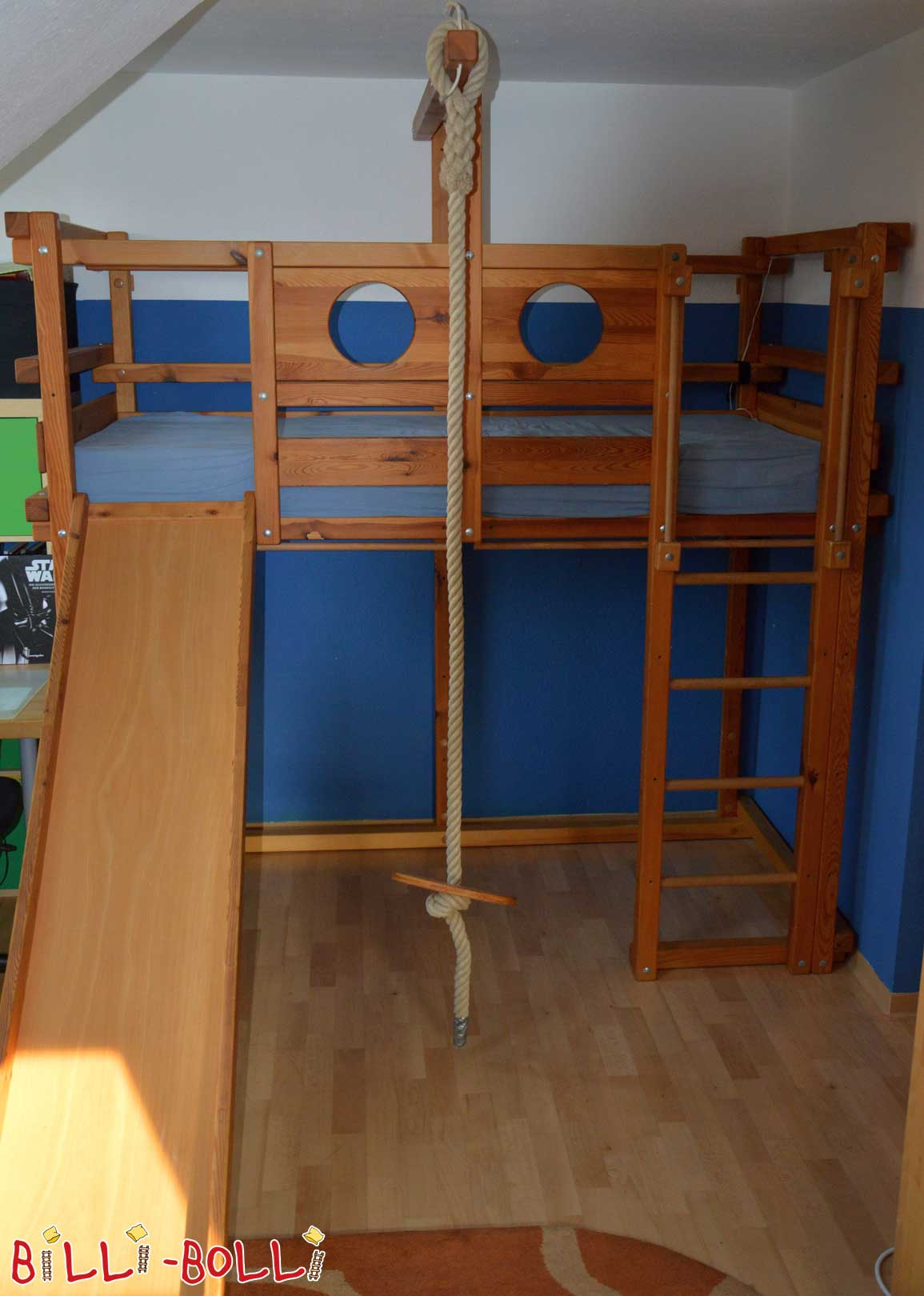High bed oiled in pine (second hand loft bed)