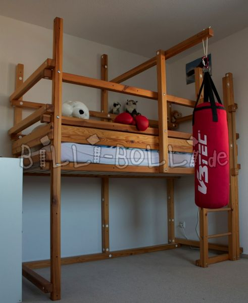 High bed in jaw (second hand loft bed)