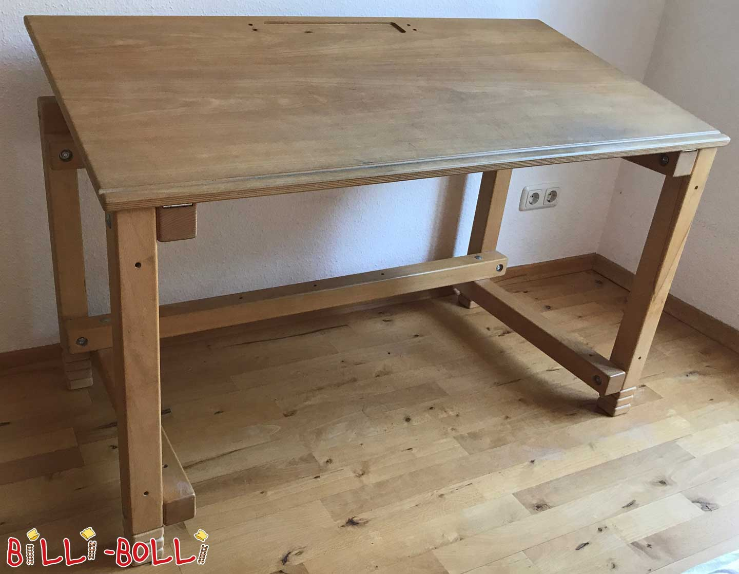 Oiled beech, child's desk, 63 x 123 cm (second hand kids' furniture)