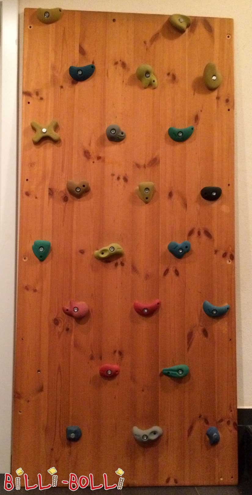 Climbing wall, pine honey-colored oiled (second hand loft bed)