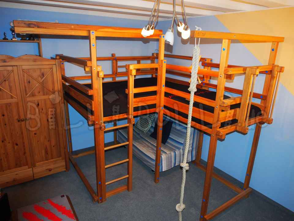 Sparse adventure bed, 140 x 200 cm, pine oil waxed (second hand loft bed)