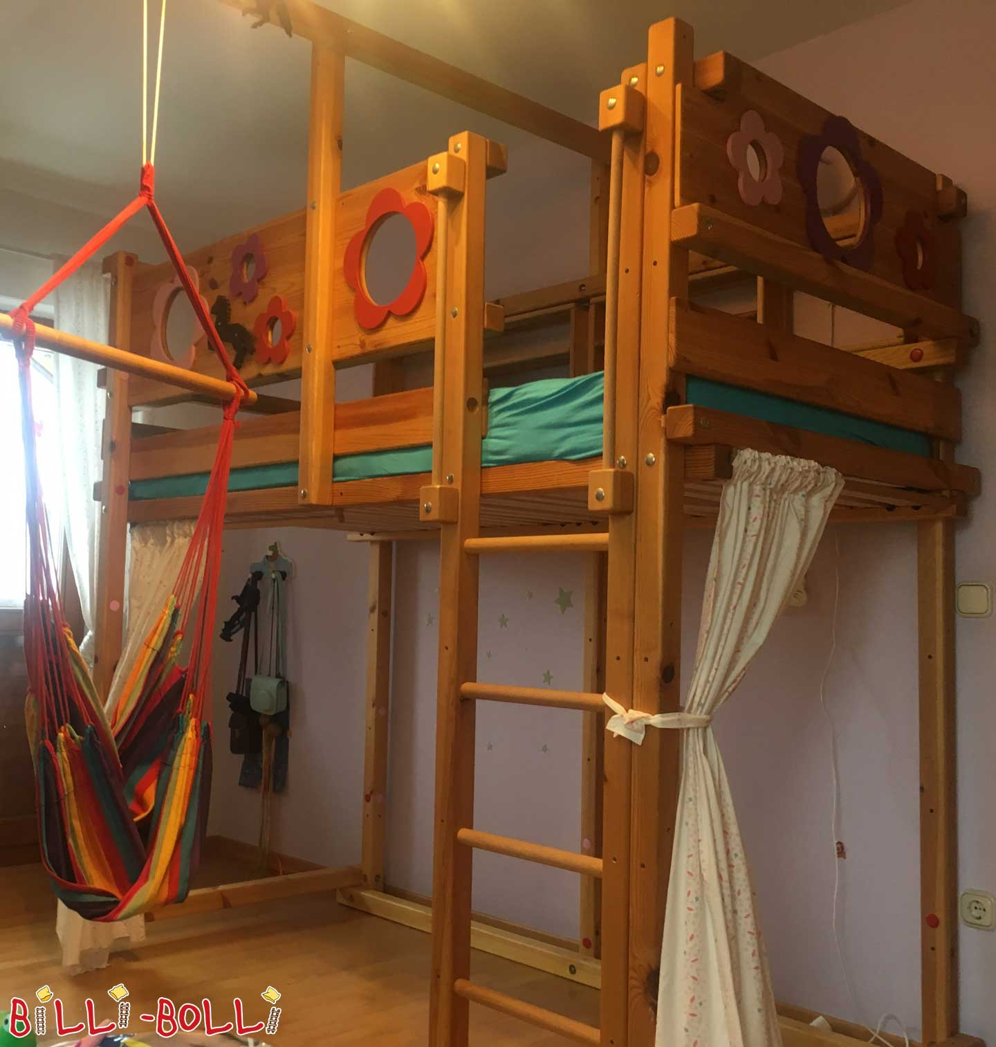 Growing with high bed - girl dream (second hand loft bed)