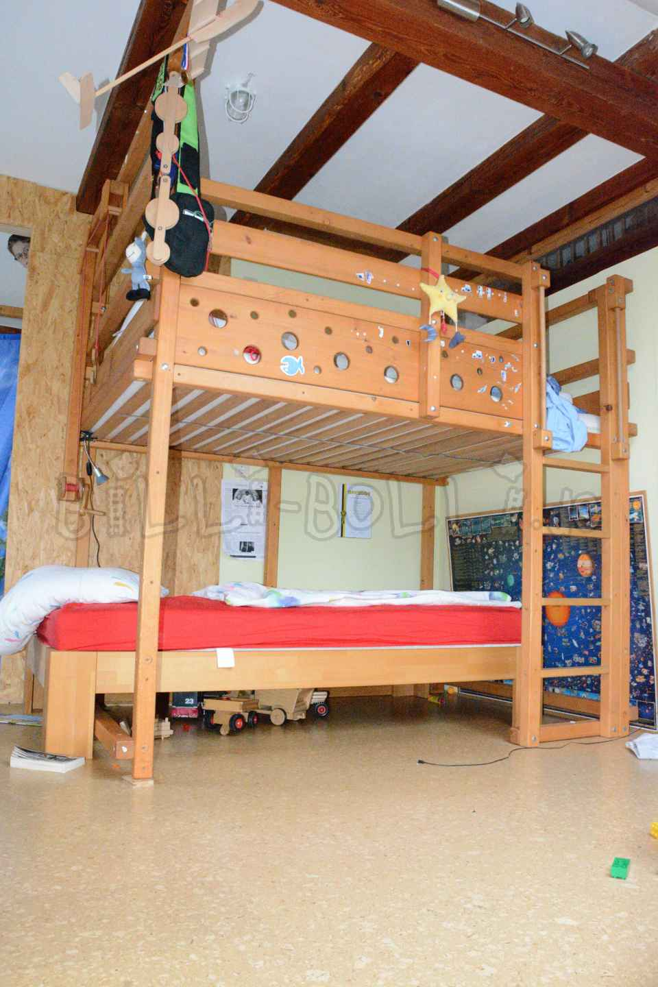 Collumbering high bed, 140 x 200 cm, spruce honey-coloured oiled (second hand loft bed)