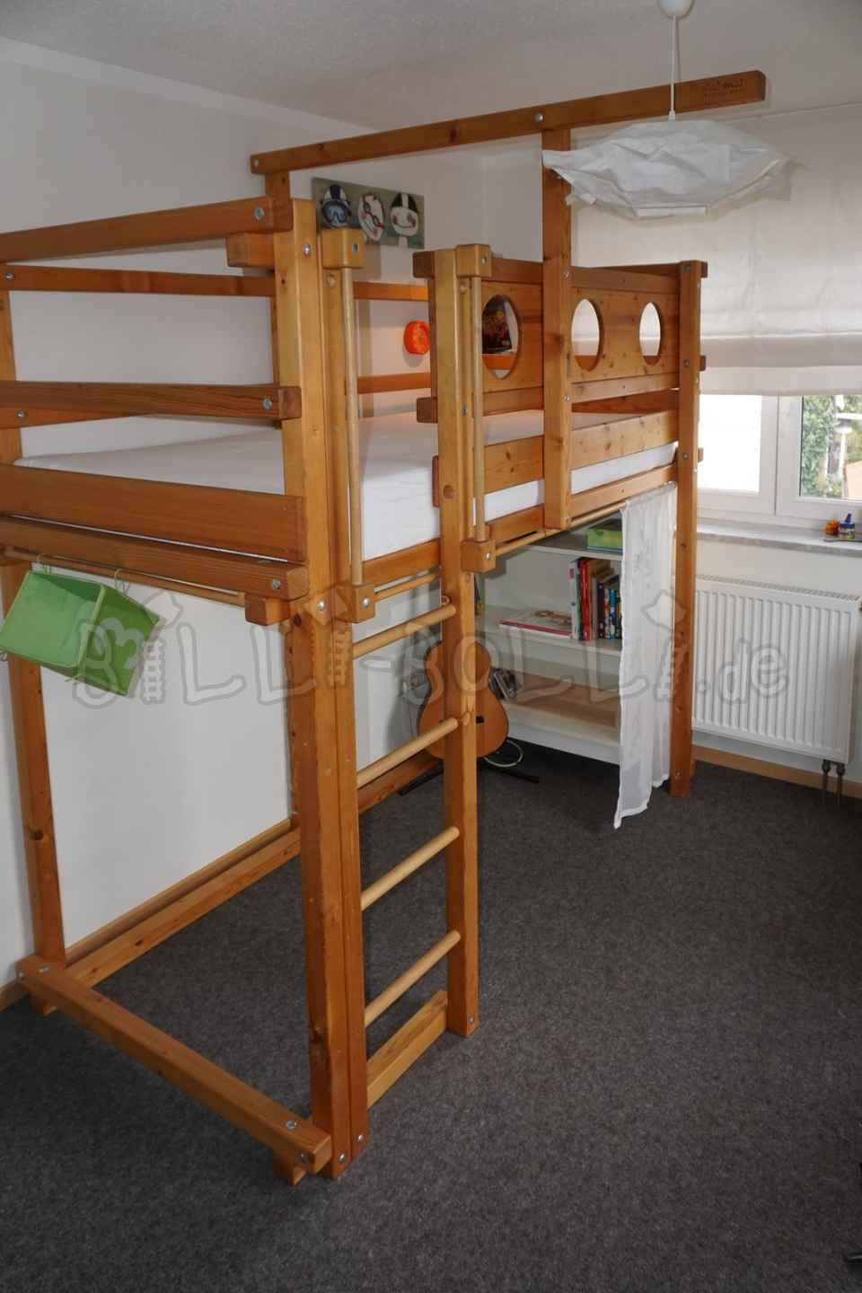 Collating high bed 90 x 200 cm, spruce oiled/waxed (second hand loft bed)