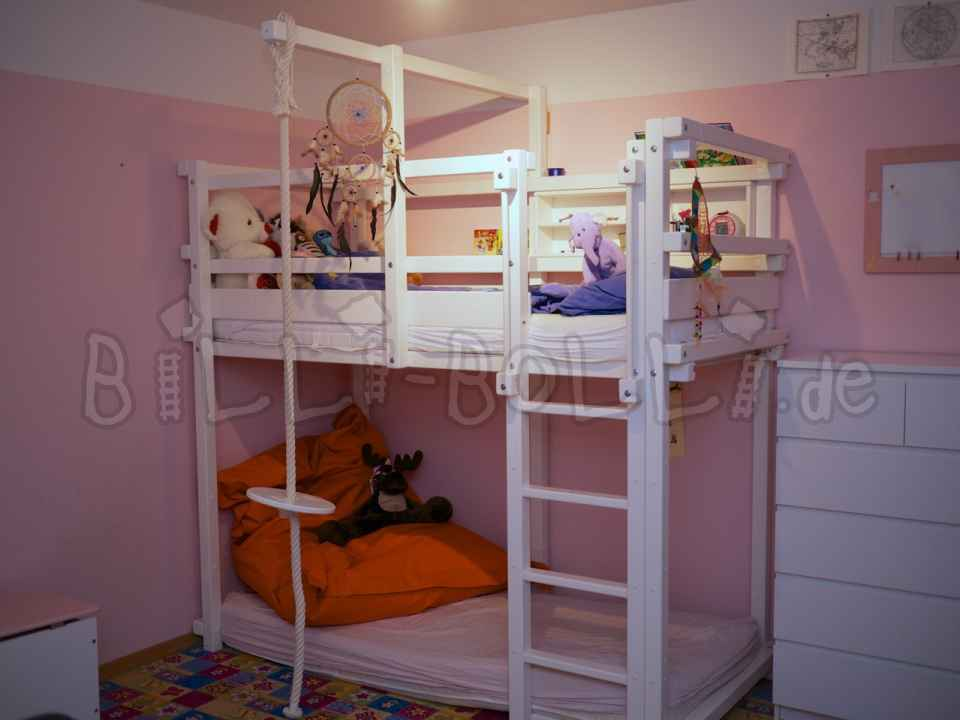 Growing bunk bed, 90 x 200 cm, white lacquered pine (second hand loft bed)