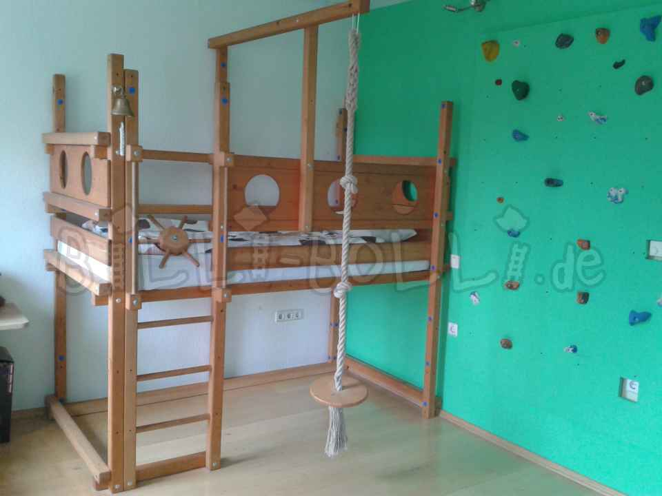 Collumbating high bed, spruce honey-coloured oiled, 100 x 200 cm (second hand loft bed)