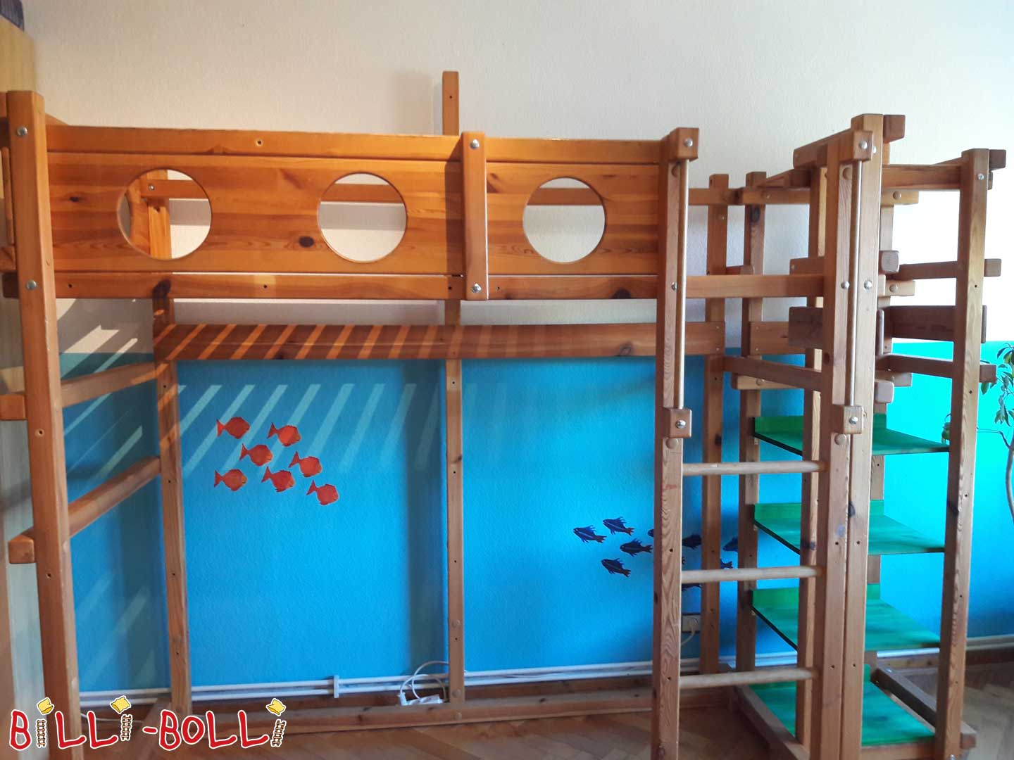 Growing high bed incl. slide tower (second hand loft bed)
