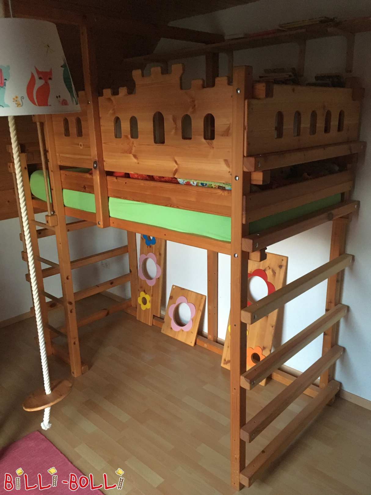 Growing high bed with sloping roof stage (second hand loft bed)