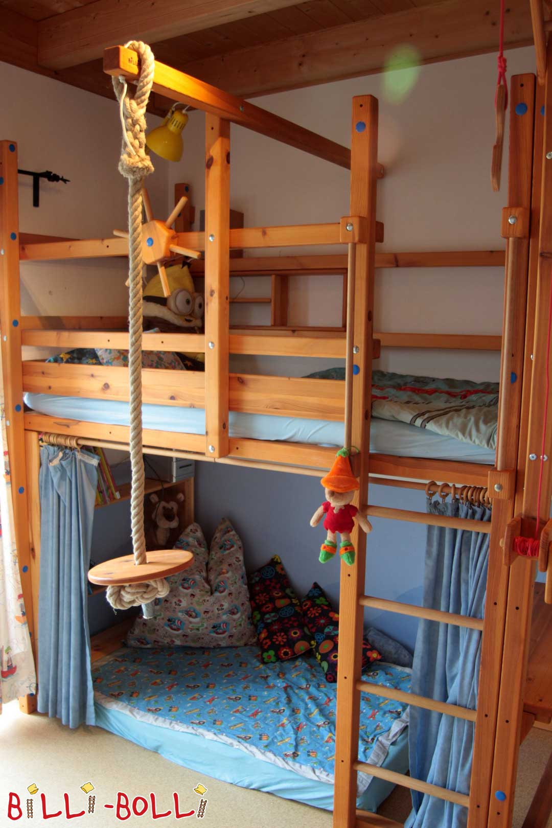 Co-growing high bed (second hand loft bed)