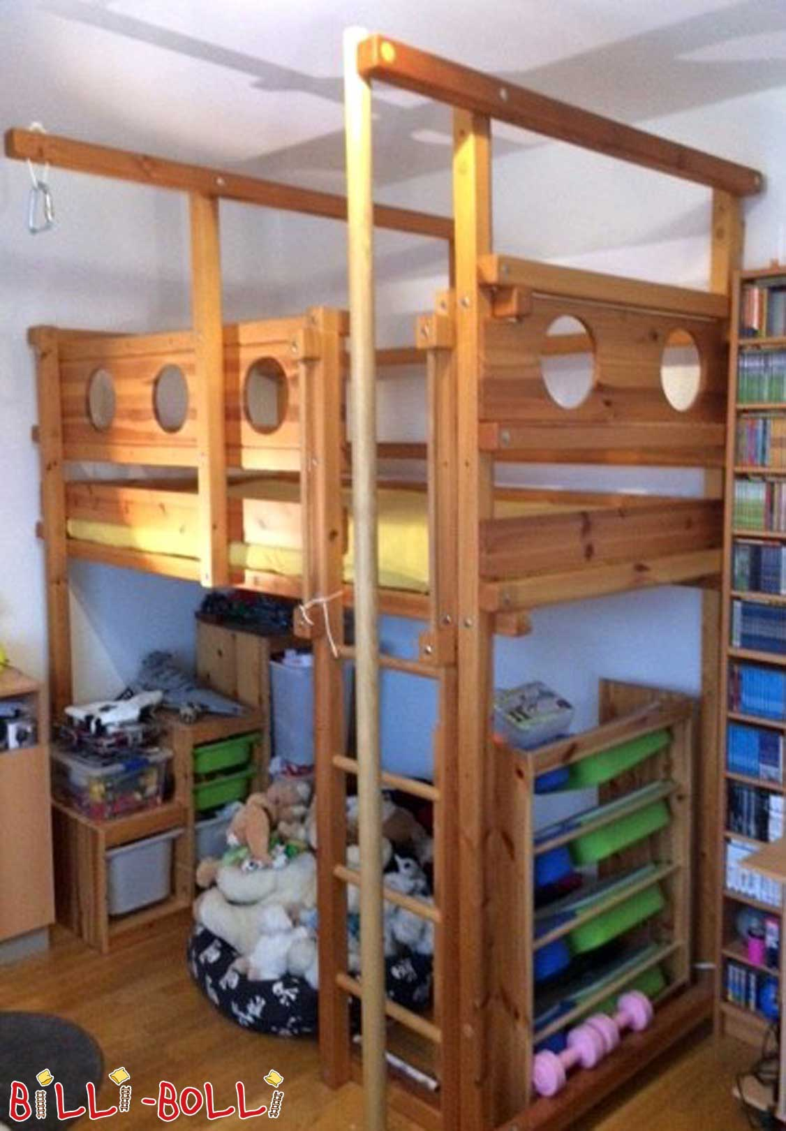 Co-growing seafaring bed (second hand loft bed)