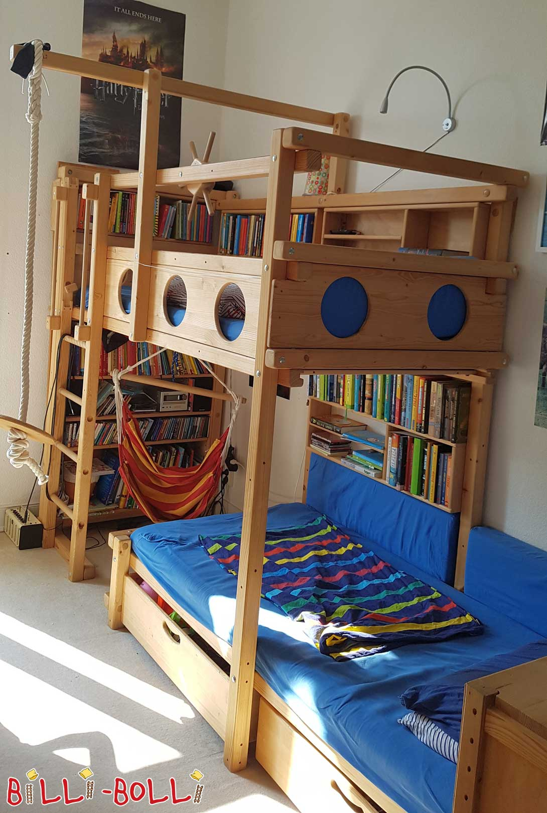 Pirate bed-side places (second hand bunk bed)