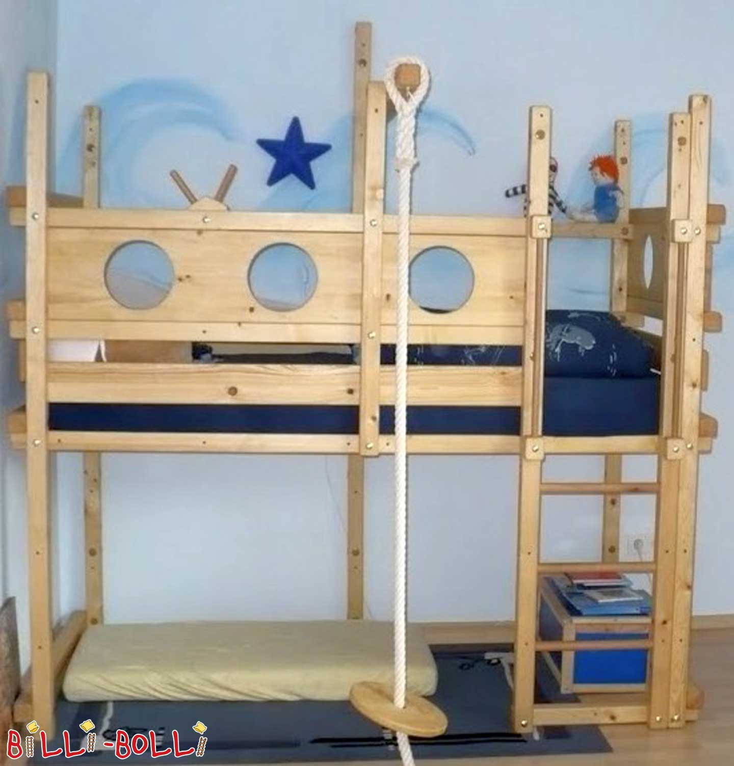 Pirate bed (second hand loft bed)