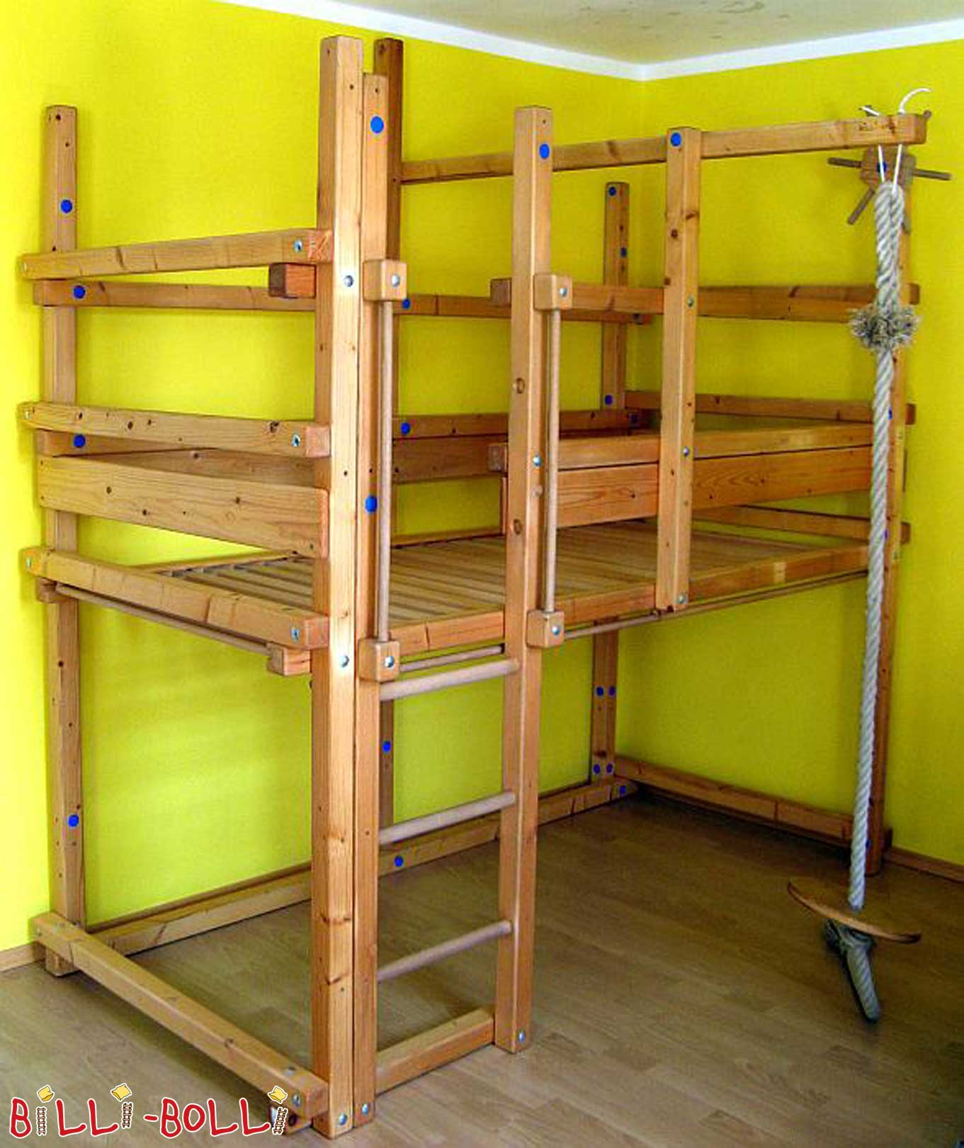 growing high bed spruce (second hand loft bed)