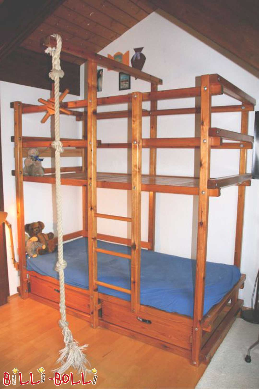 Original Gullibo Pirate Bunk Bed (second hand bunk bed)