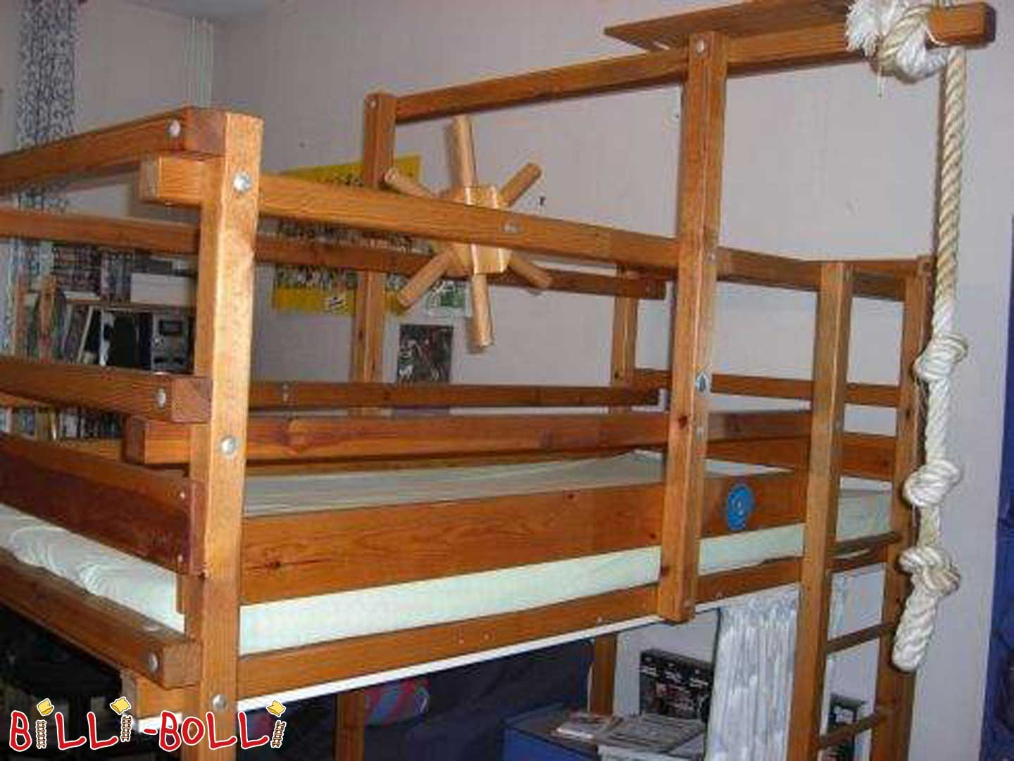 Gullibo Pirate HighBed (second hand loft bed)