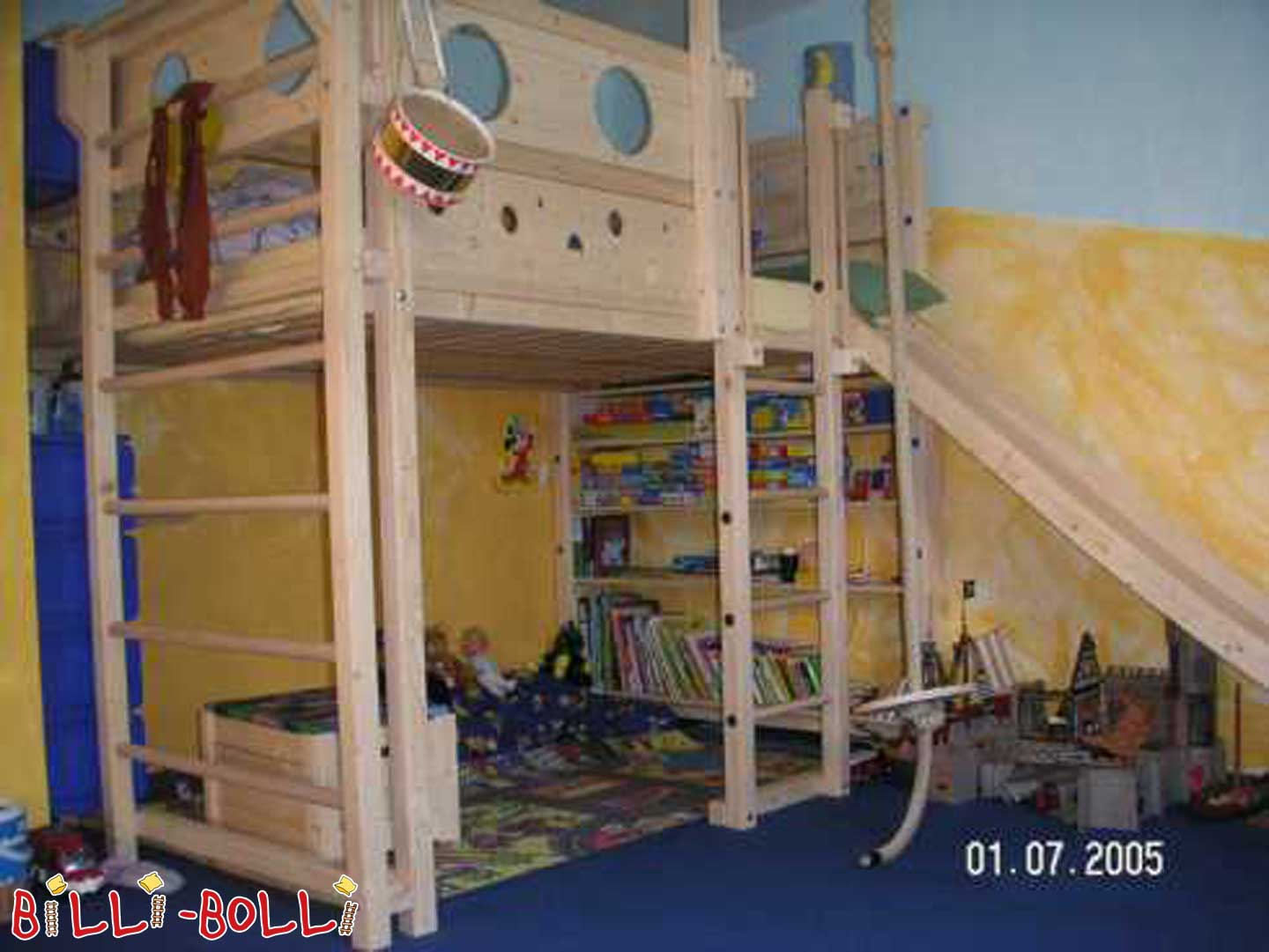 Billi-Bolli high pirate bed 140 x 200 cm (second hand loft bed)