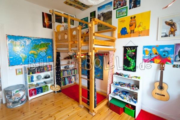 Student high bed for pirates (second hand loft bed)