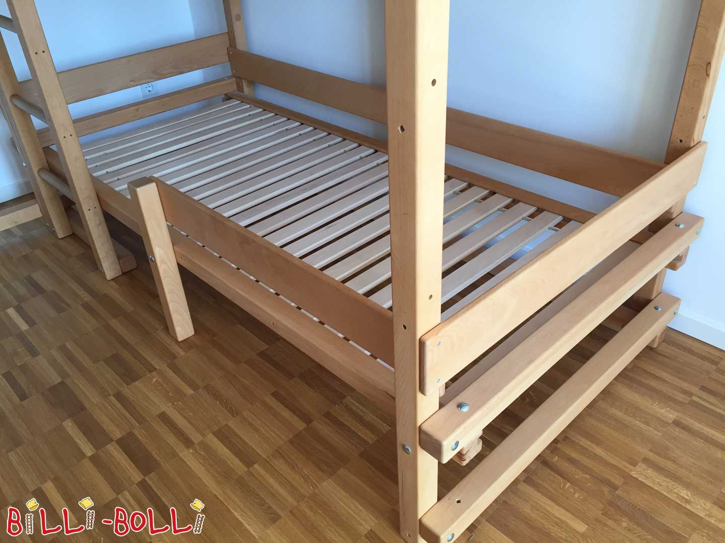 Conversion kit for an additional sleeping level (second hand loft bed)